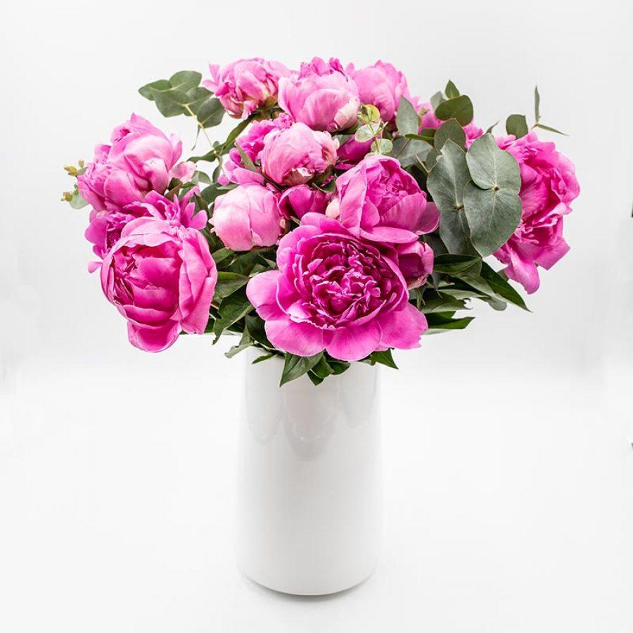 Bouquet star pivoine rose foncé FLEUR SYMBOLIQUE DE LA FETE DES MERES